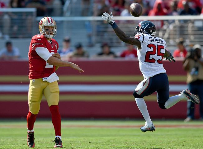 Mike Davis Makes His Case in 49ers' Exhibition Opener