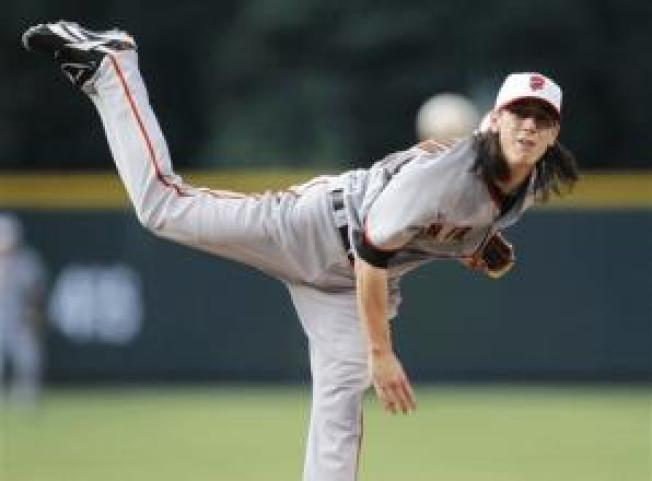 Lincecum Can't Stop Giants' Slide