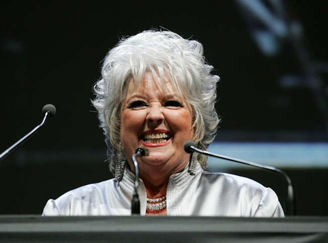 Paula Deen Teaches You How to Make 5-Alarm Chili
