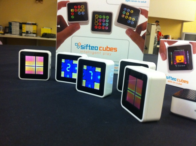 First Look: New Sifteo Cubes Go Gaming