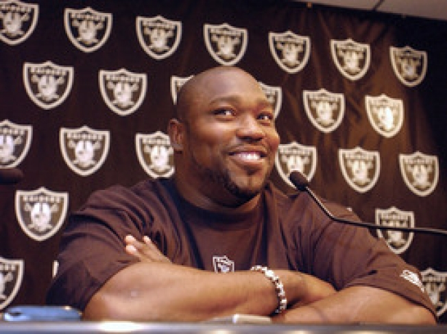 Warren Sapp Rips Into Tom Cable