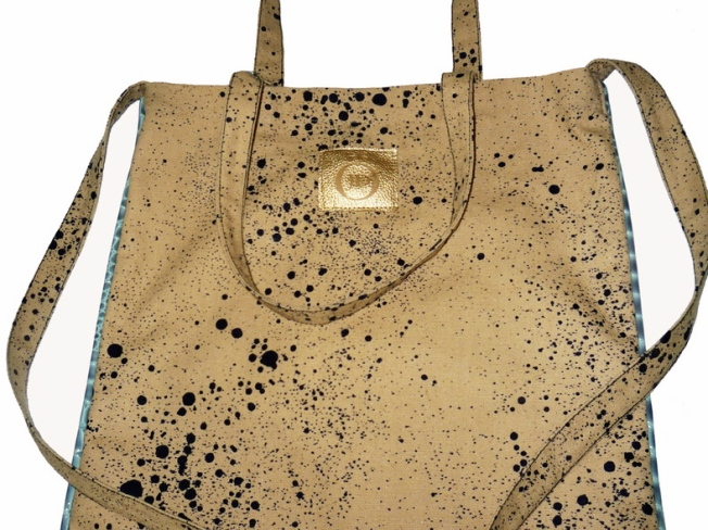 A Tote That's More Than a Blank Canvas