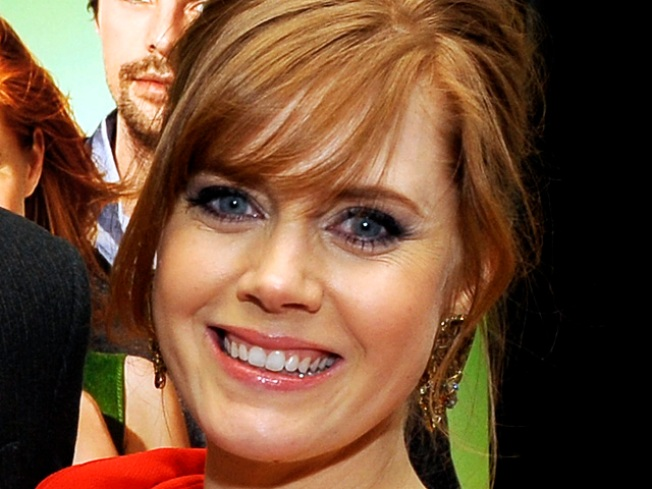 Amy Adams On Looking Stylish While Pregnant: 'It's A Big Commitment To The Bump'