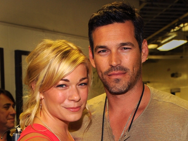 LeAnn Rimes and Eddie Cibrian Confirm Engagement