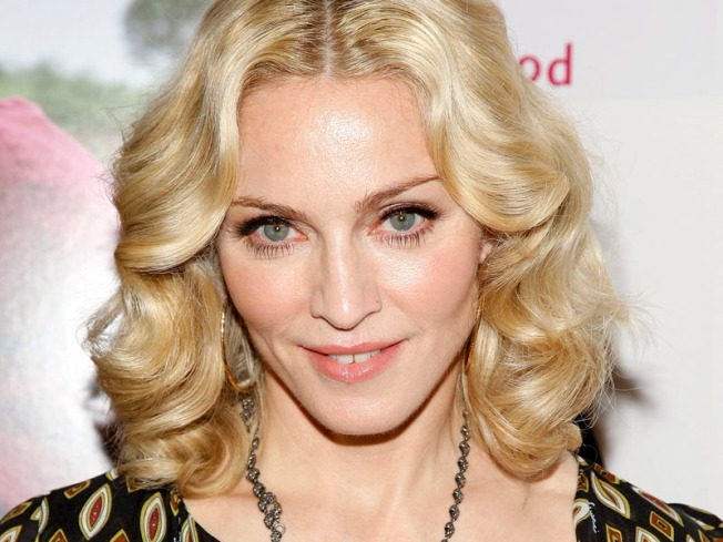 Madonna Booed in Bucharest for Defending Gypsies