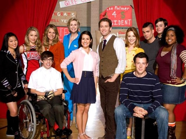 FOX Announces Second Season Of 'Glee'; Search Begins For 3 New Cast Members