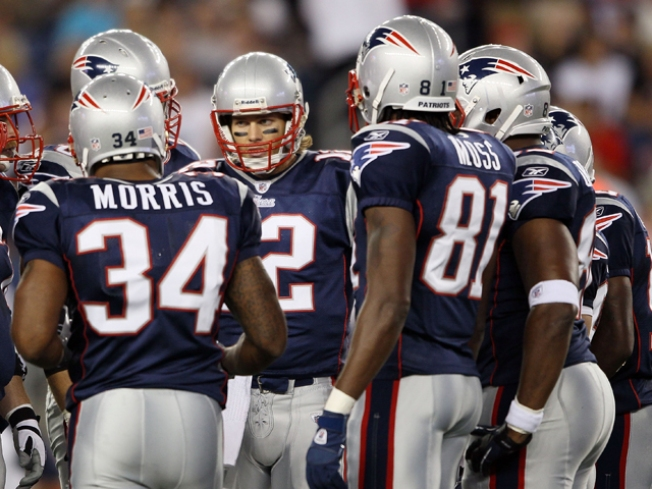 Brady Dusts Glass Off, Prepares for Sunday
