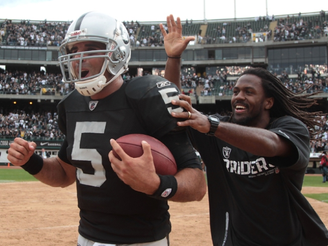 It's Official: Raiders Have a QB Controversy