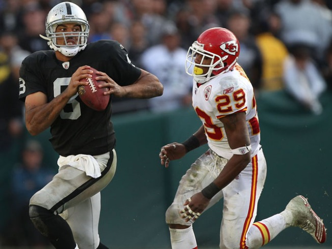 Al Davis Demands that Jason Campbell Plays