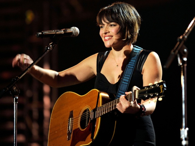Norah Jones to Release Covers Album