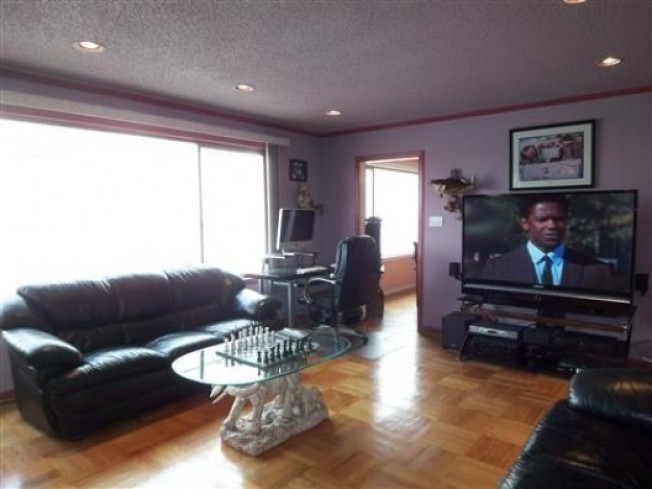 On the Market: Half-assed Bachelor Pad in Bayview Heights