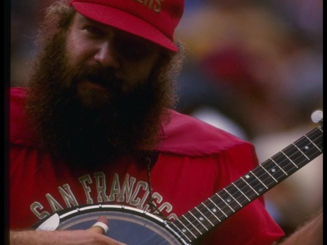 49ers' Banjo Guy Loses His Banjo