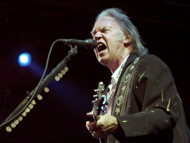 Neil Young to Rock the Fox
