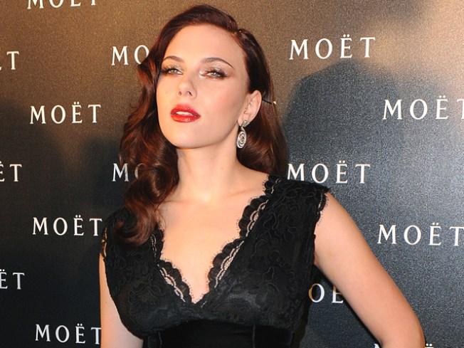 Scarlett Johansson, Liev Schreiber Cast In 'A View From The Bridge' On Broadway