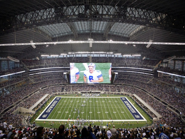 Cowboys Set NFL Record for Attendance