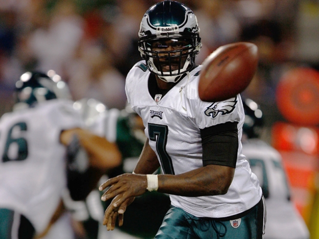 Vick's Short Suspension Sets Date With Raiders