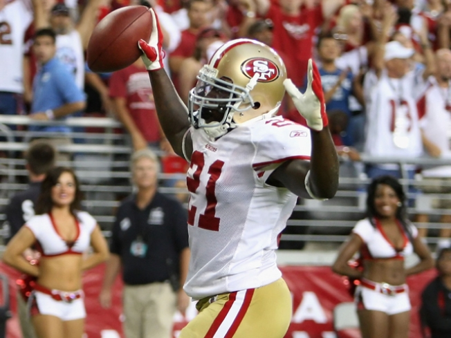 49ers' Gore Gets NFC Honor