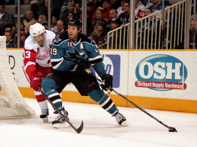 Sharks Hope to Clip Red Wings