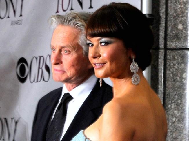 """2010 Tony Awards: Catherine Zeta Jones, """"Glee,"""" and Green Day"""