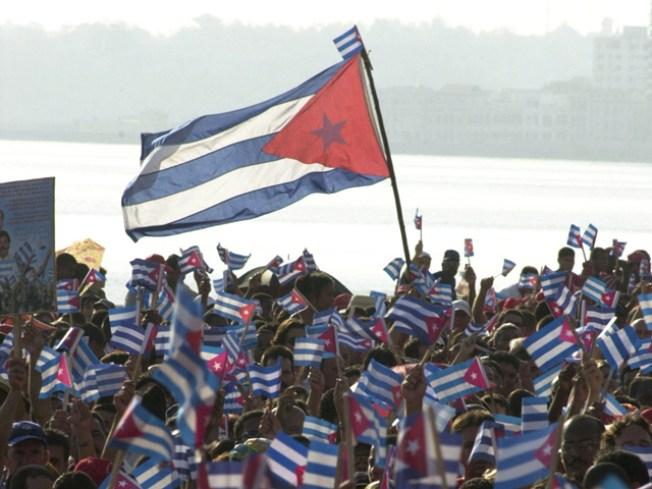 Obama Extends Cuba Embargo