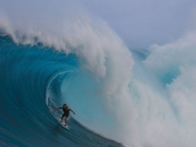 Maui's Jaws Offers Totally Epic Waves