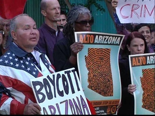 Candidates Uncomfortable with Arizona Immigrant Law