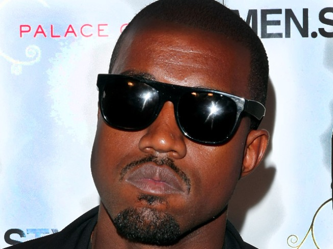 Kanye West Sued for Assaulting Photog: Report