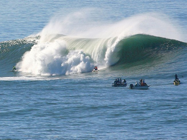 Meteorologist Explains Mavericks' Mess
