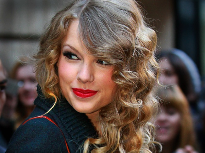 Taylor Swift to Launch Perfume Line