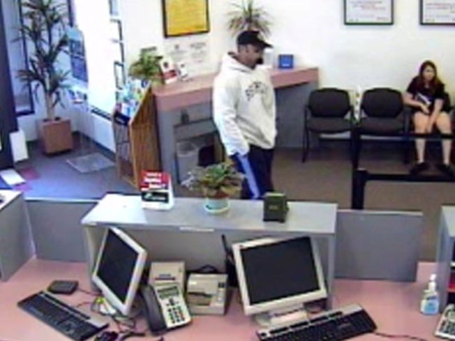 Bank Robber Confesses in Church