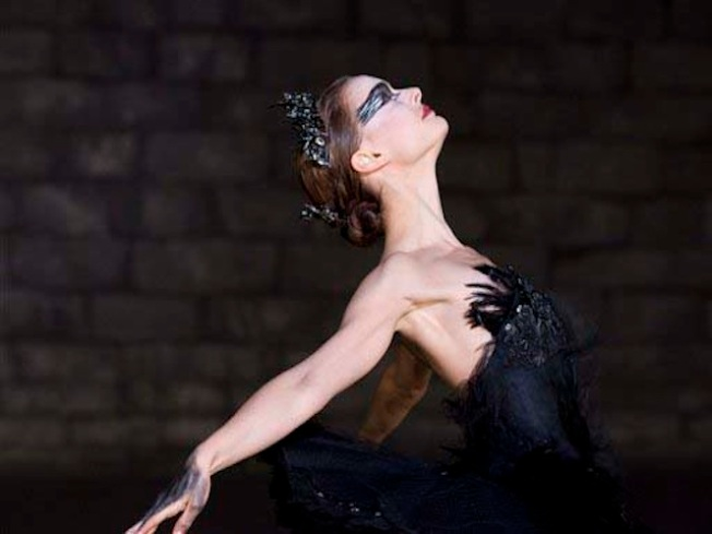 """Black Swan"" Swoops in to Win Four Spirit Awards"