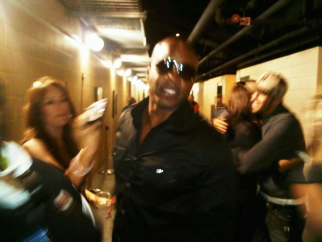 Barry Bonds Gets Hero's Welcome at AT&T