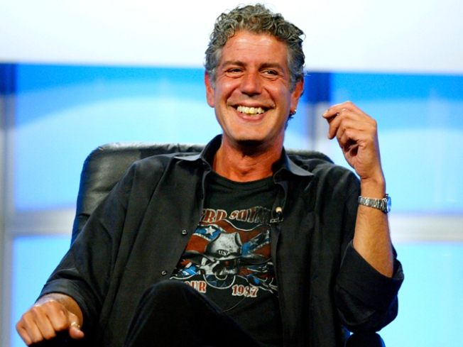 Bourdain: SF '...a Two-Fisted Drinking Town'