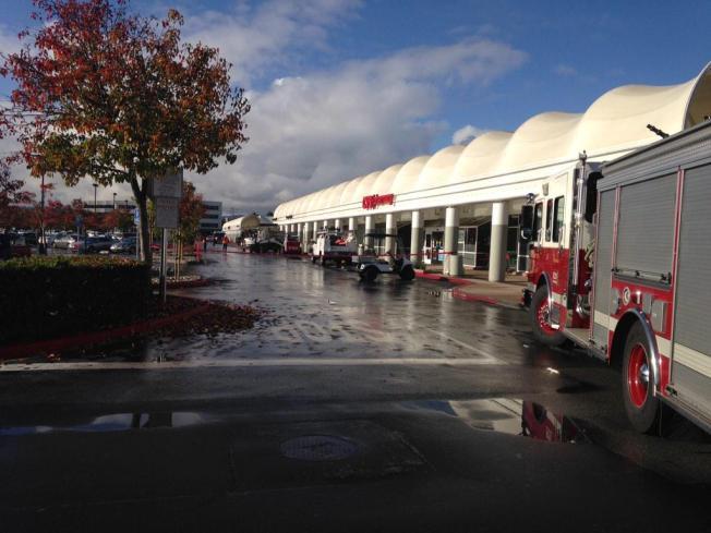 Crews Repair Gas Line Break at Foster City Shopping Center