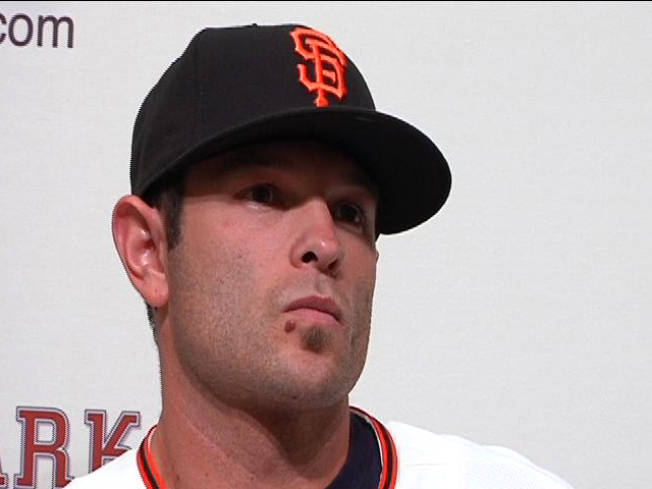 Giants Give Second Baseman Two Year Deal