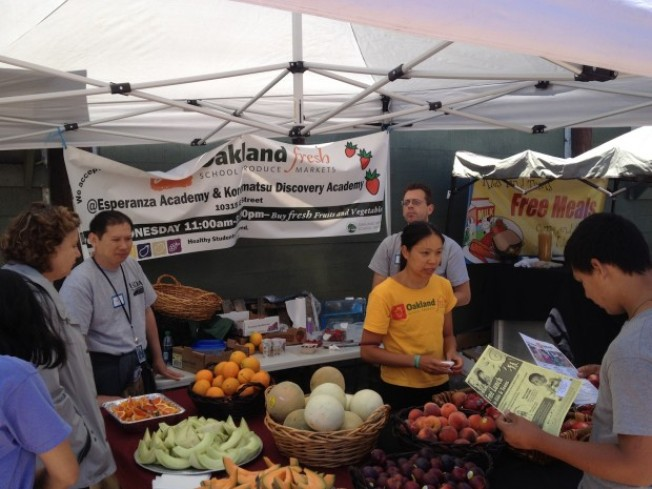Volunteer With the Alameda County Community Food Bank This Summer!