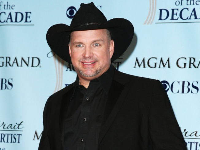 Garth Brooks: Putting Parenthood Ahead Of His Comeback