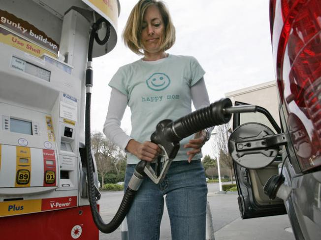 Calif. Finally Sees Steady Drop in Gas Prices