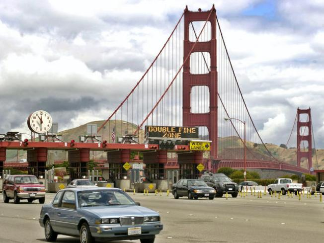 Crash Shuts Down Golden Gate Bridge