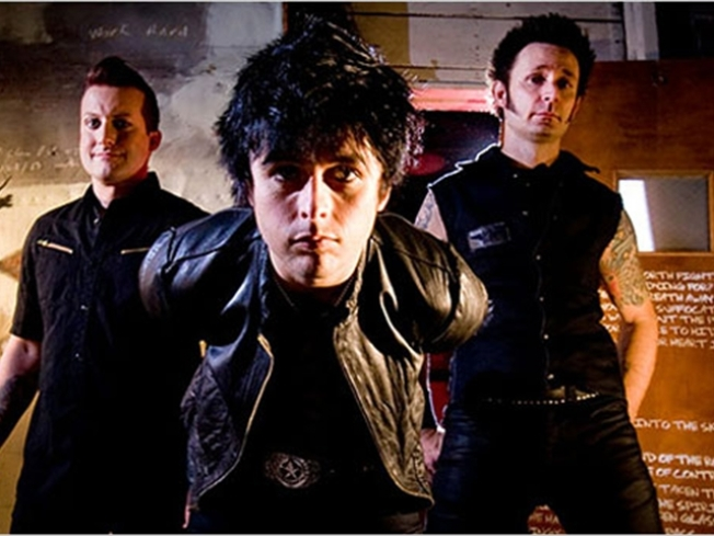 "Green Day Takes Its ""American Idiot"" to Broadway"