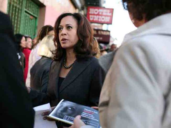 Kamala Harris Jumps in Front Again as Count Continues