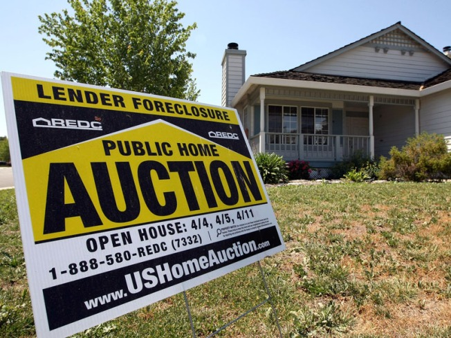 Nationwide Foreclosure Scam Leads to 35-Year Prison Sentence