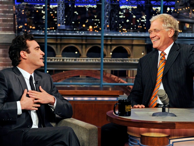 Clean-cut Joaquin Phoenix Apologizes to Letterman