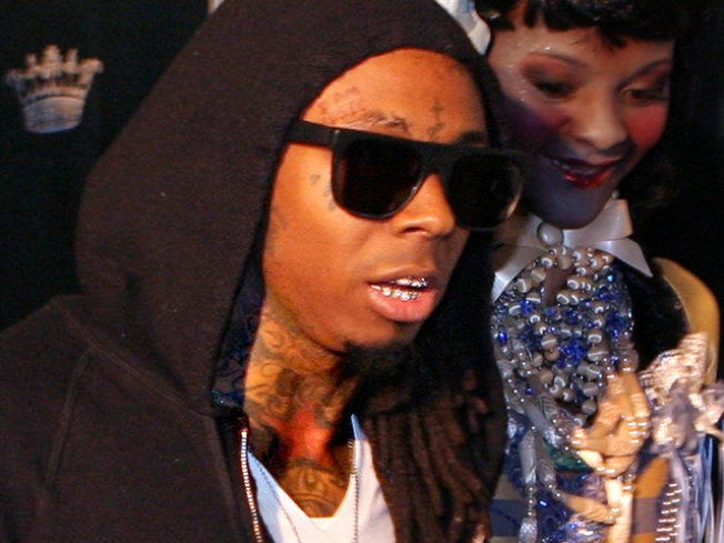 "Lil Wayne and Eminem to Perform on ""SNL"""