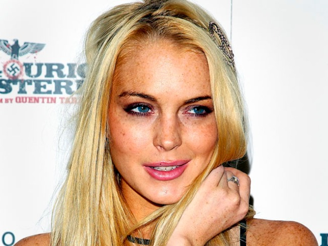 Access Exclusive: Lindsay Lohan Talks Media Scrutiny & Dad's Friendship With Jon Gosselin