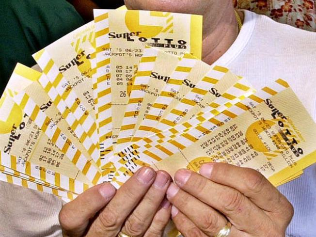 Unlucky 7 Cuffed in Underground Lottery Sting