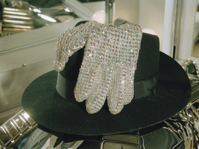 Jackson's Glove Sells for $350,000