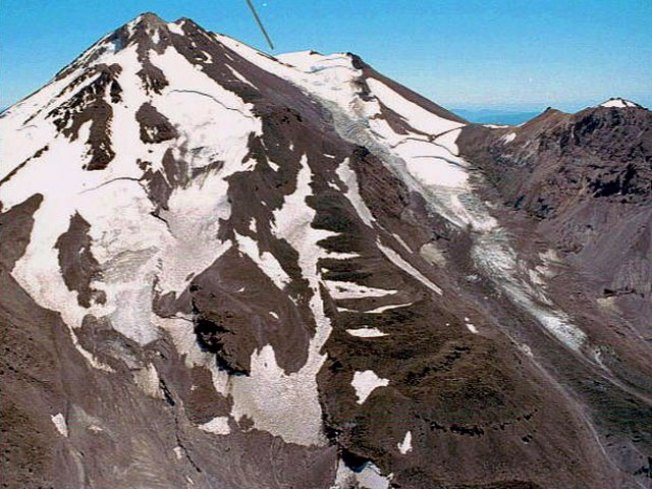 Teams to Search Mt. Shasta for Stranded Climber
