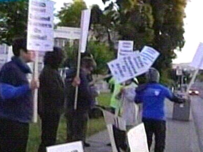 Oakland Teachers Strike Over Forced Contract