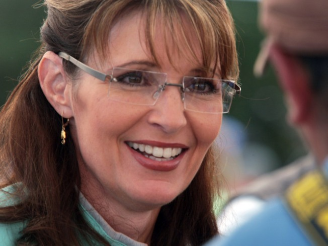 Fan Pays $63K to Dine with Palin